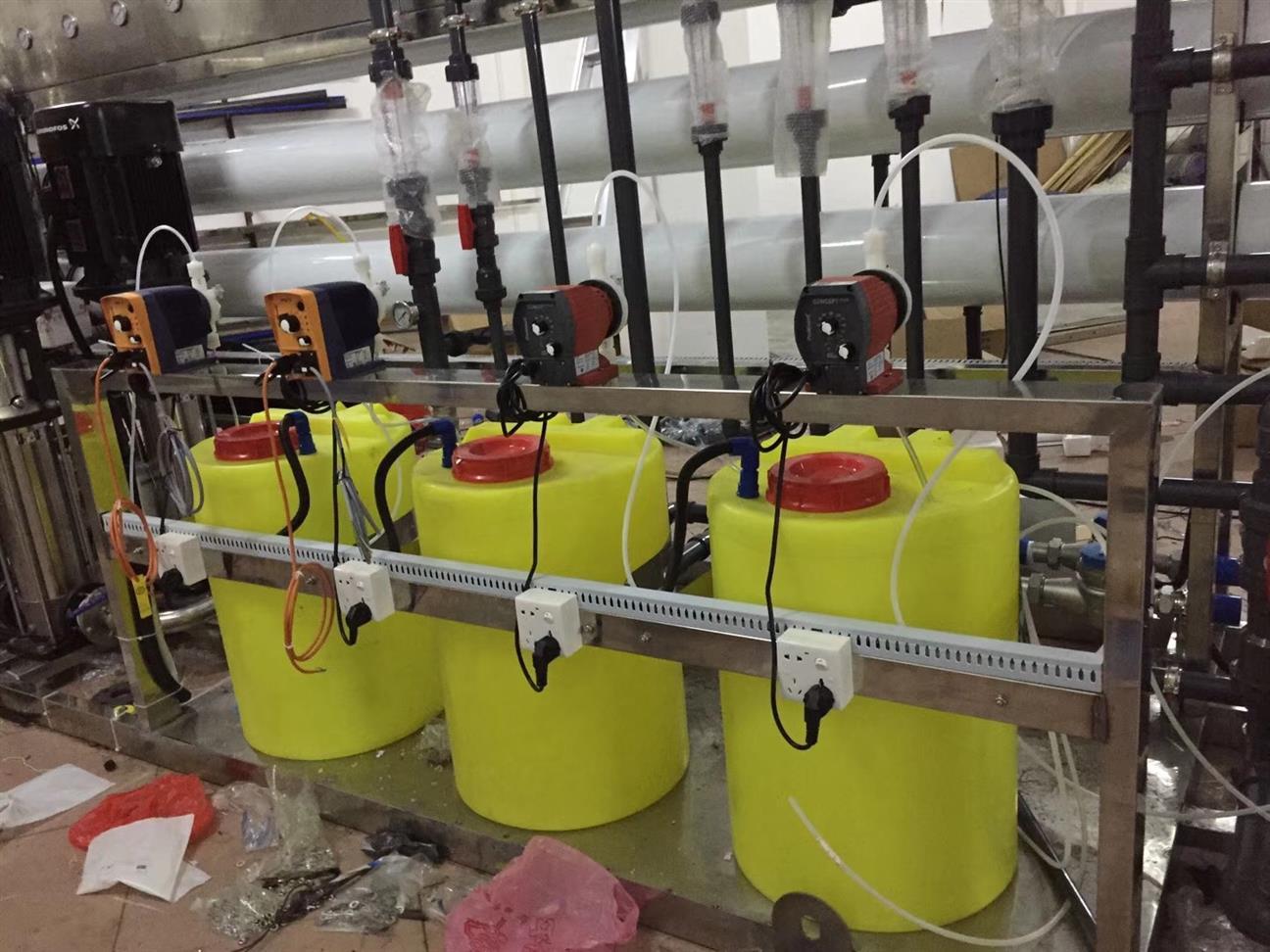 昆明三箱式加药装置制造厂