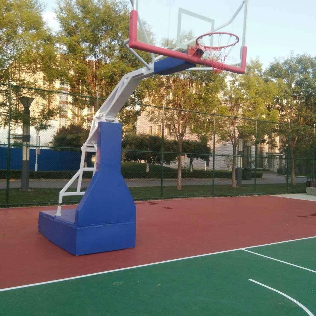 来宾篮球架