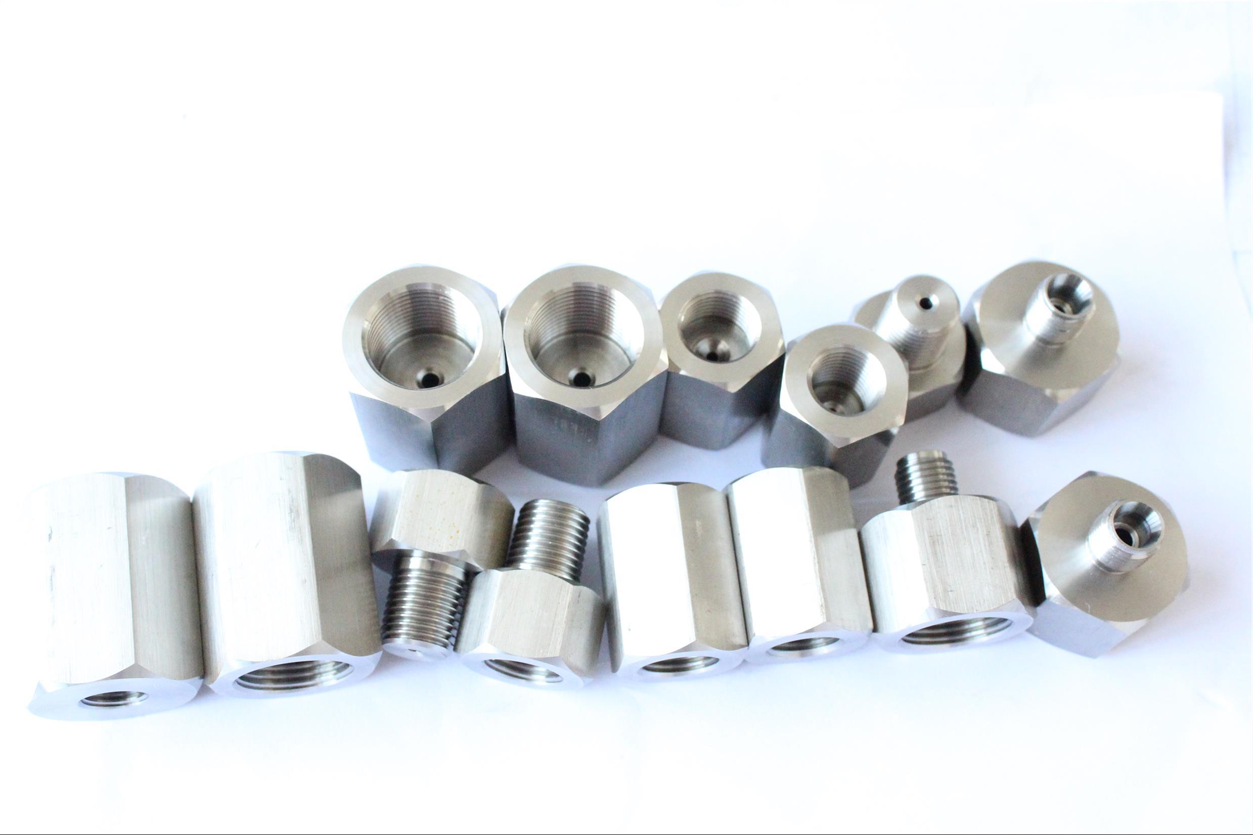 石龙仔不锈钢内外丝转换接头定制