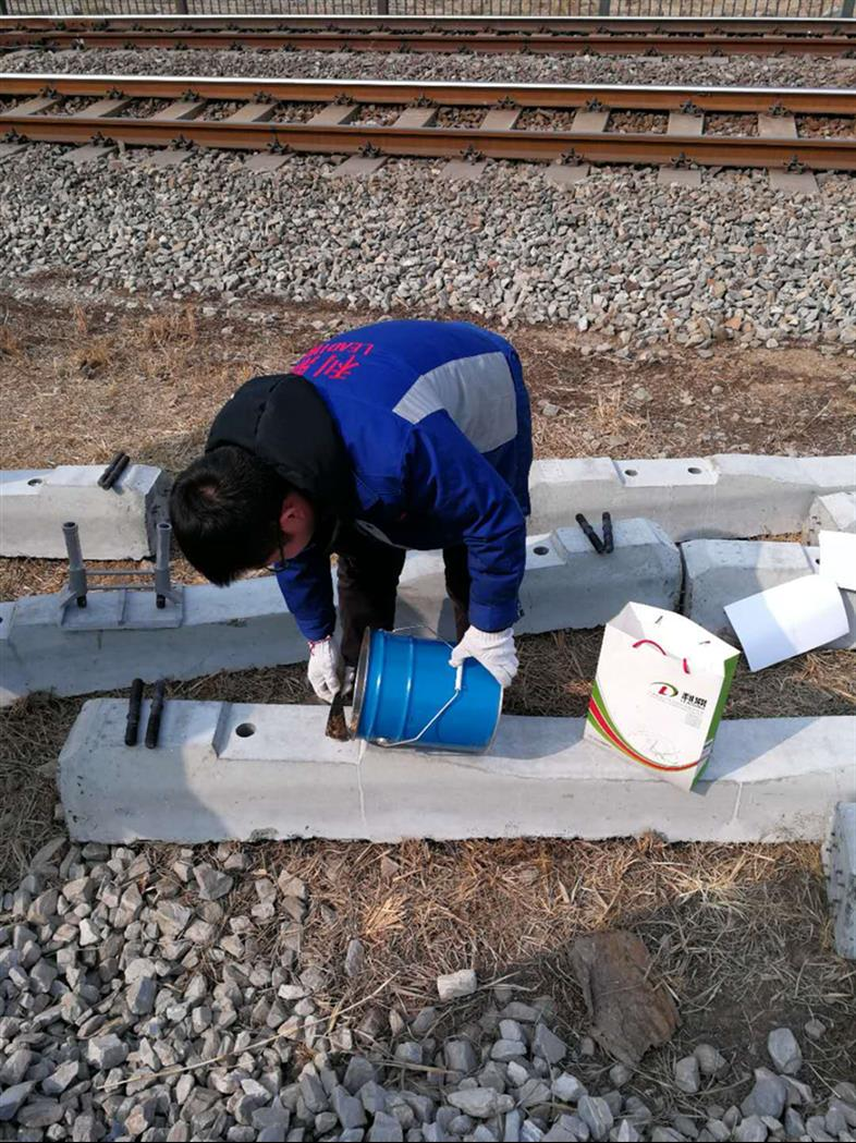 天津铁路螺旋道钉锚固剂树脂基道钉锚固剂供应商