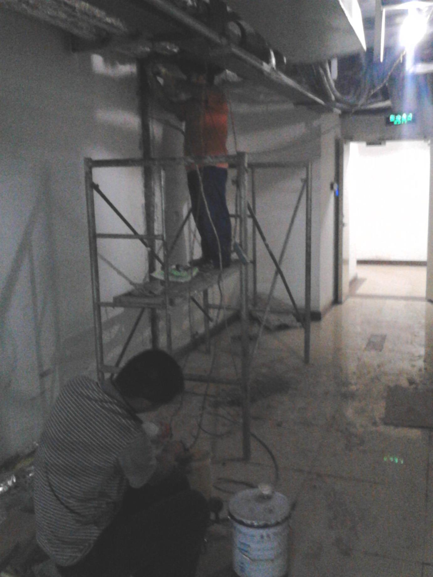 顶板渗漏水维修费用