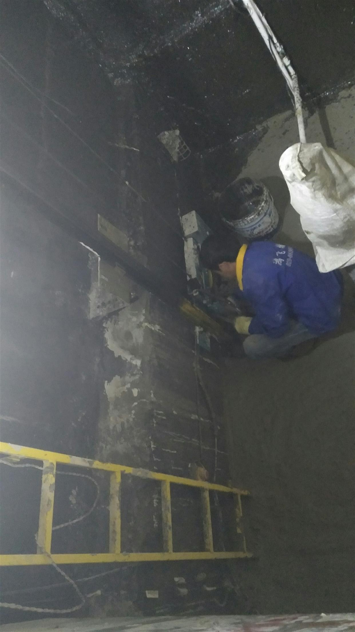 宾馆电梯渗水维修方案