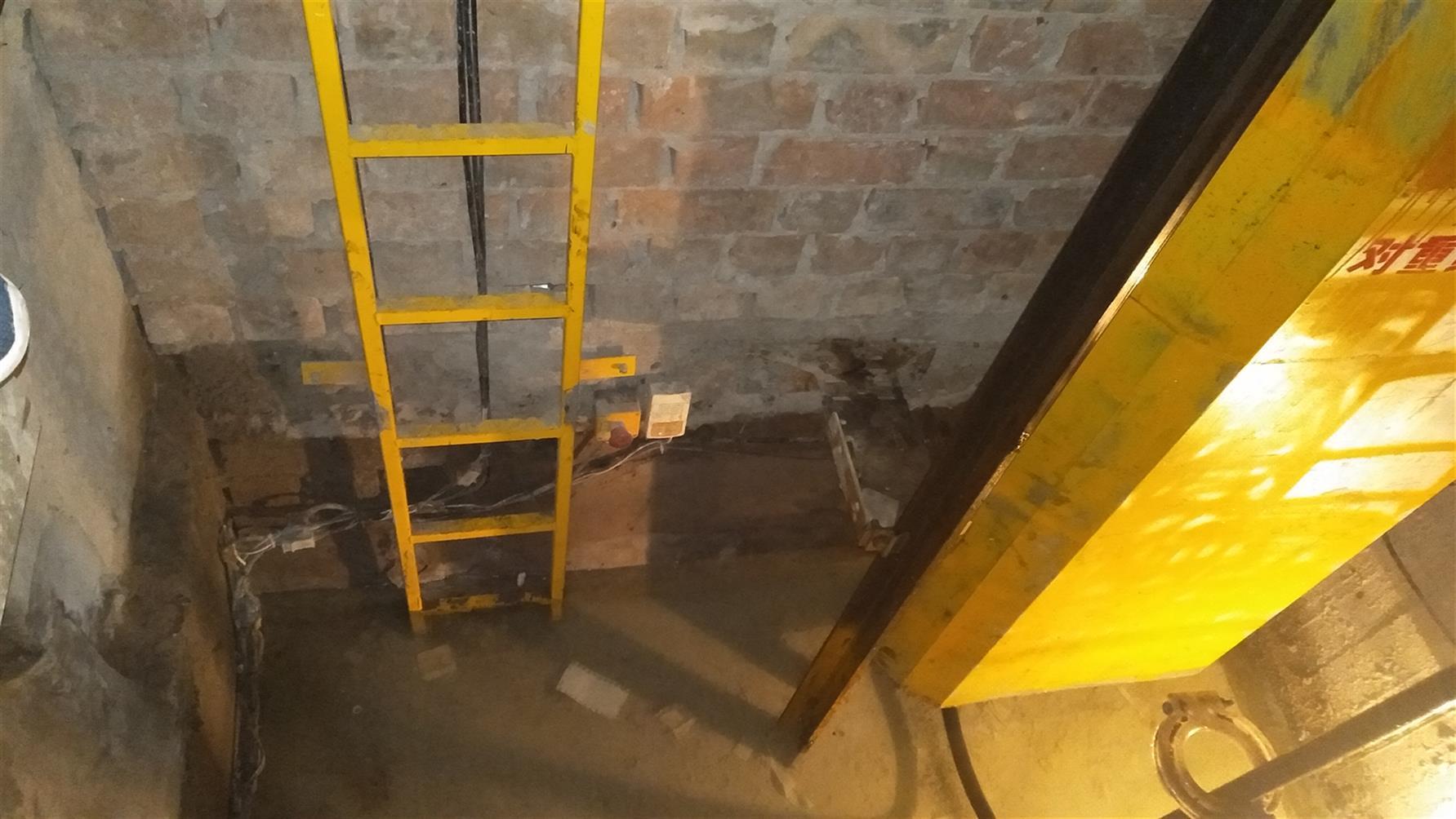 延安电梯渗水维修施工