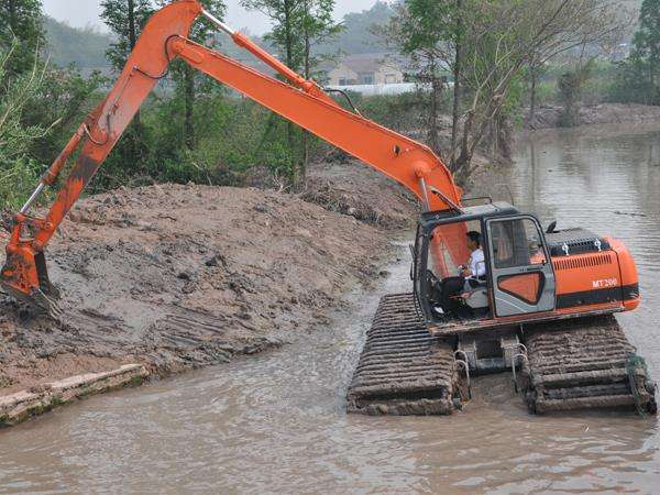 成都水陆两用挖掘机租赁