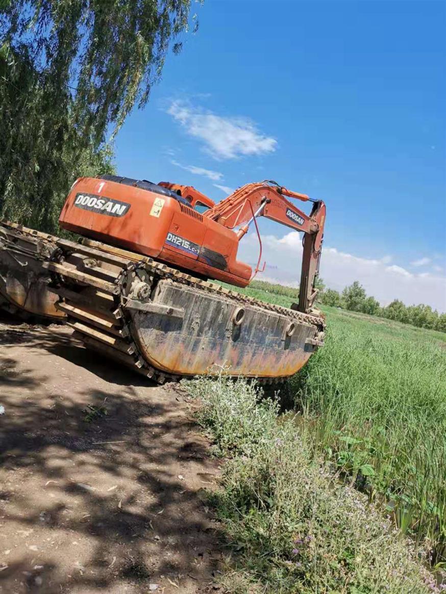 包头水上挖掘机出租