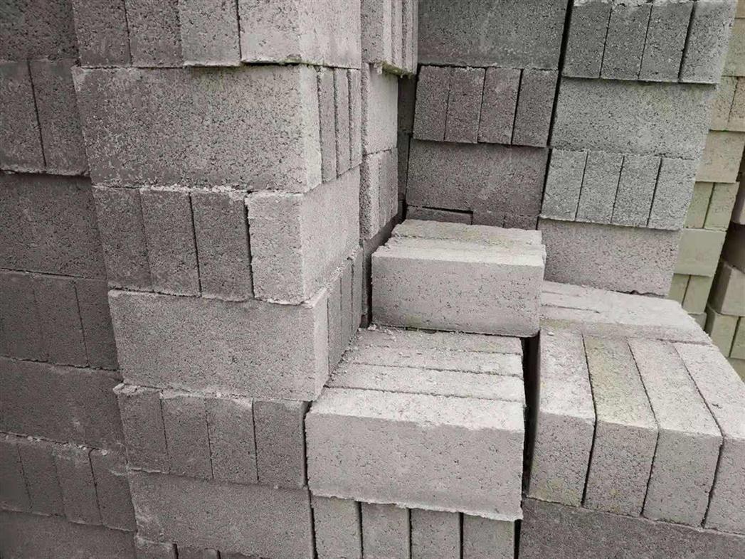 珠海市横琴灰沙砖批发价