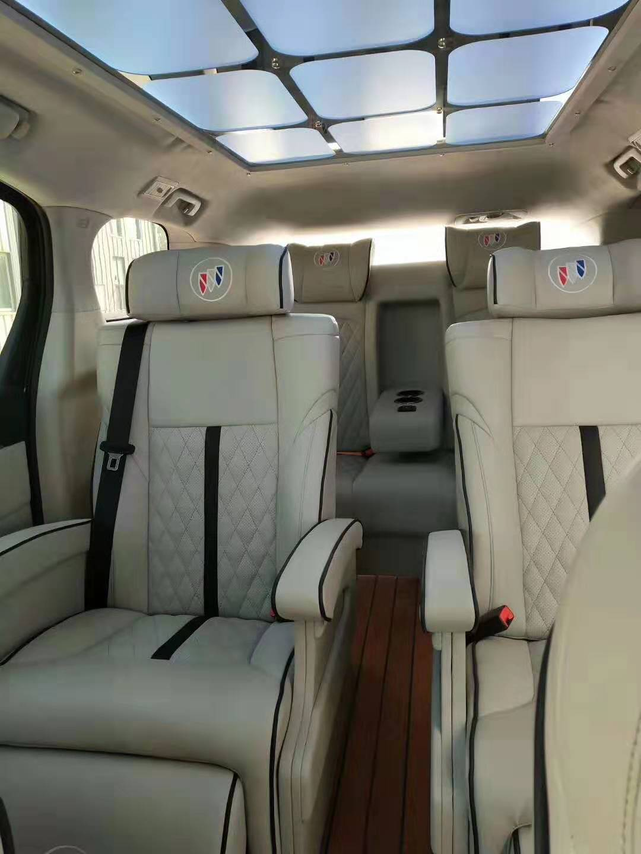 杭州别克GL8改装升级航空座椅木地板