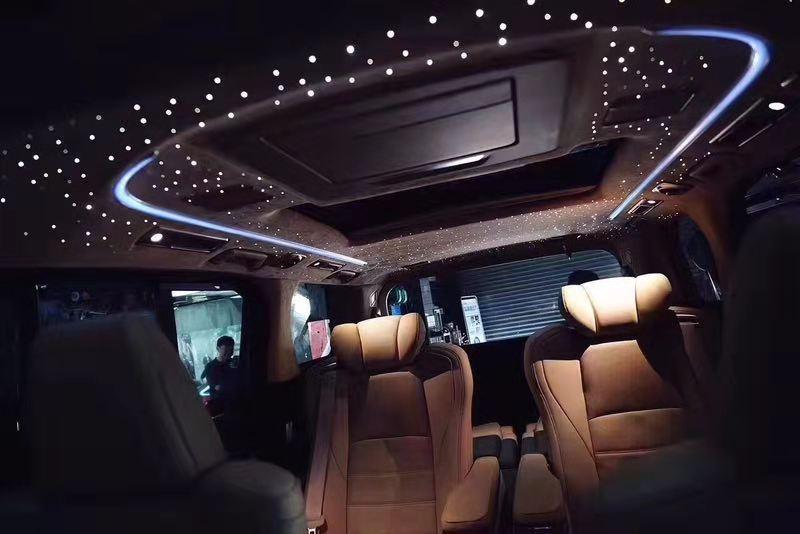 宿迁汽车顶棚改装各种个性顶灯