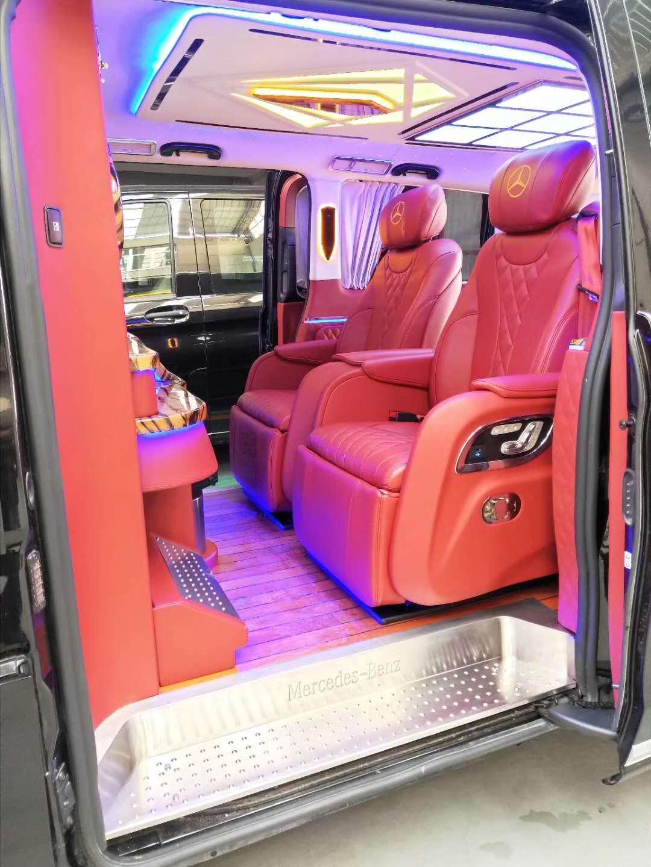 卢湾商务车改装柚木地板