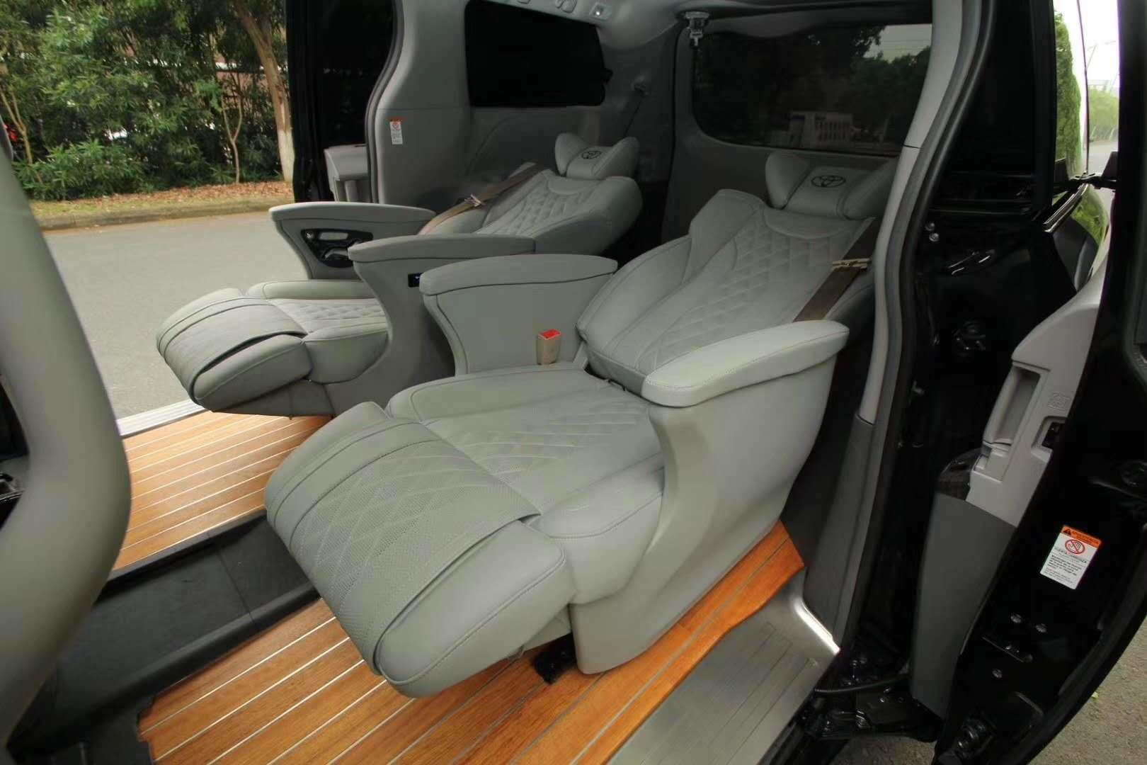 盐城丰田考斯特改装航空座椅实木地板