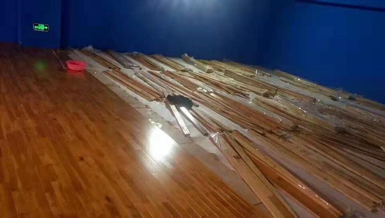 临湘学校运动木地板翻新
