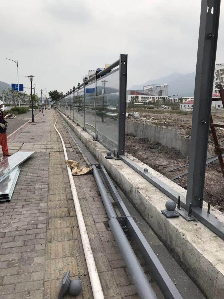 交通设施围栏