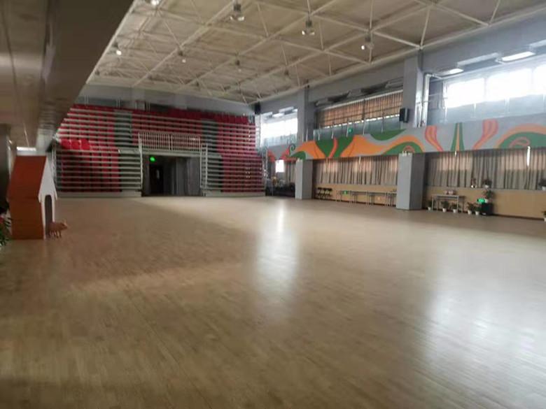 湘乡市羽毛球馆木地板