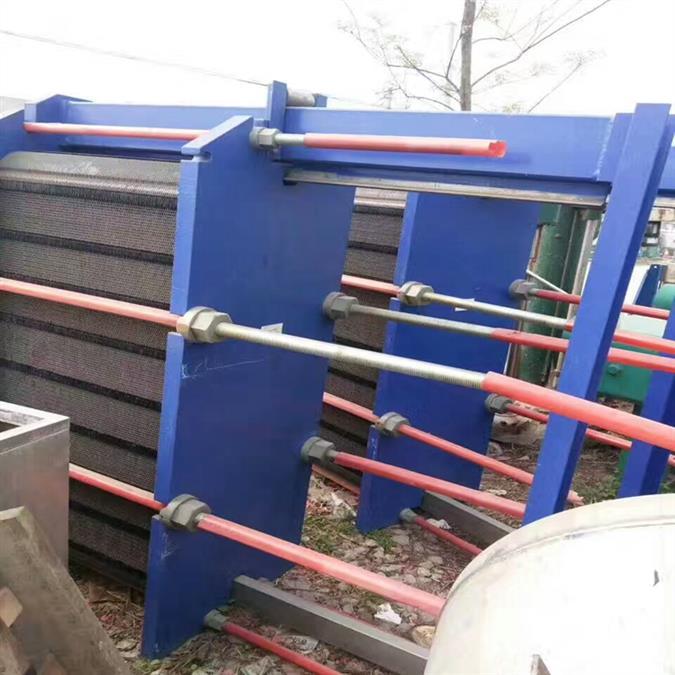 二手200平方全焊接板式换热器出售