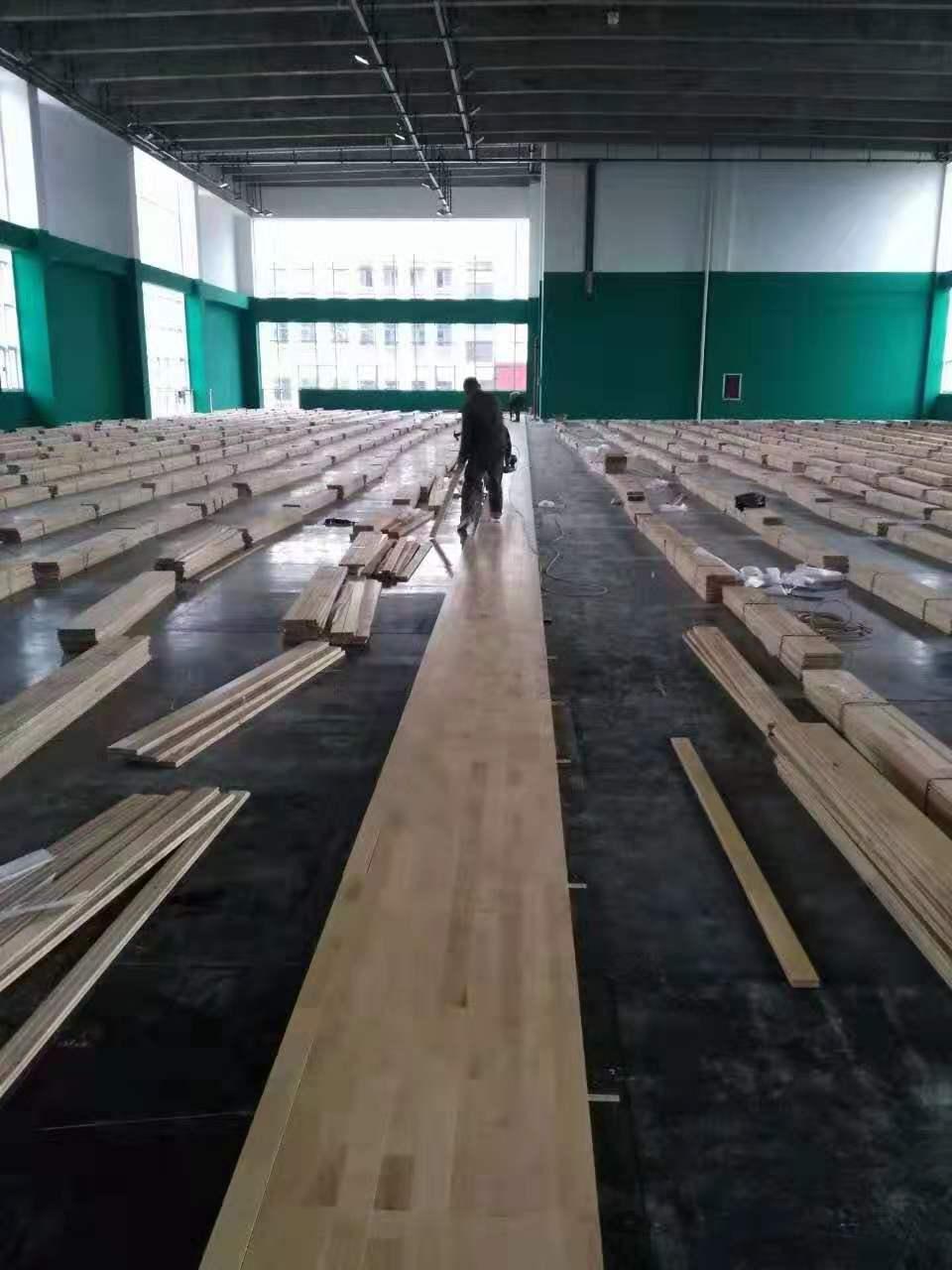 仁化羽毛球馆木地板
