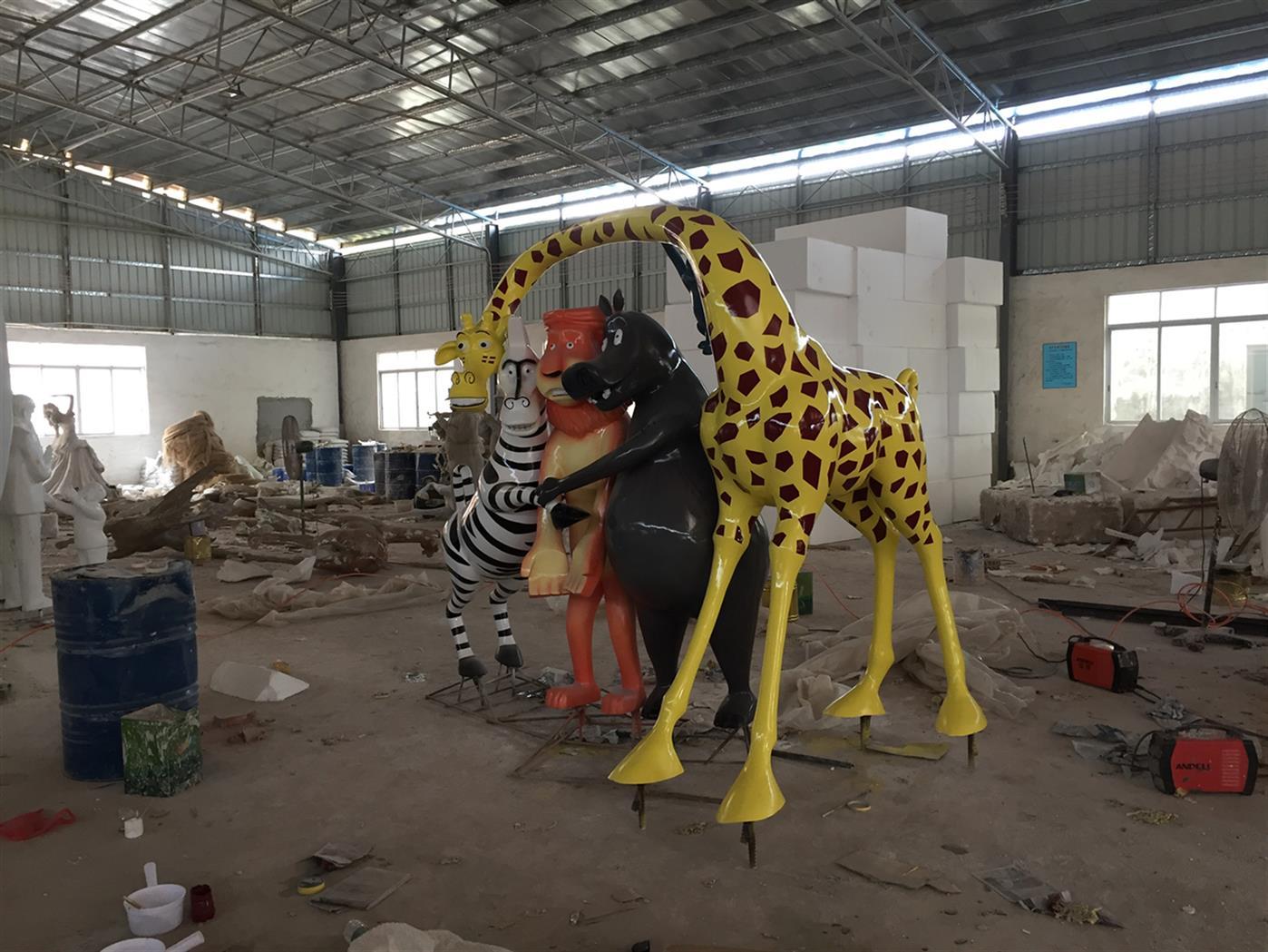 沈阳动物雕塑厂