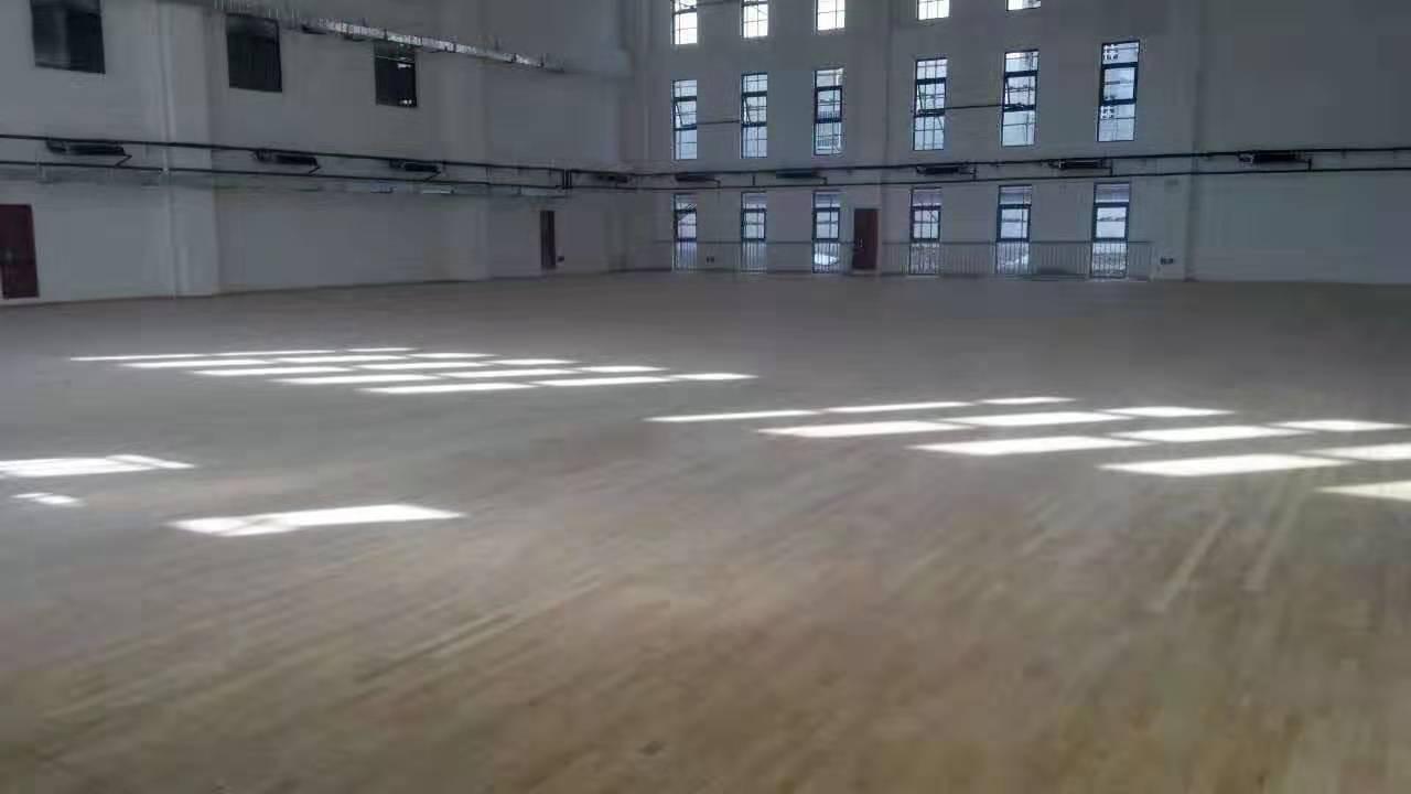 东莞学校橡胶木体育地板批发价