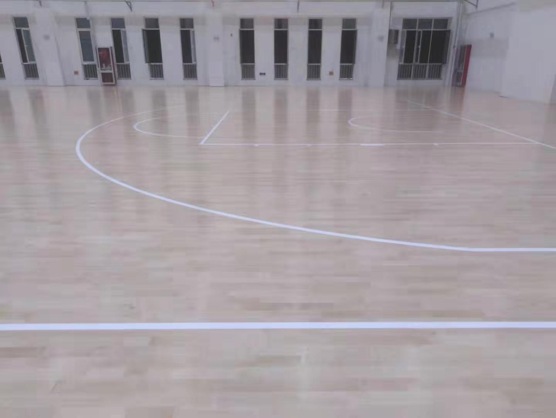 松原篮球馆体育馆运动木地板翻新厂