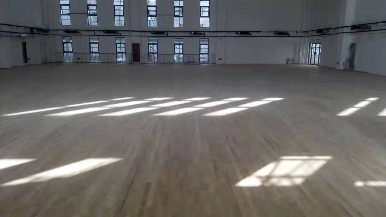 贺州枫木运动木地板