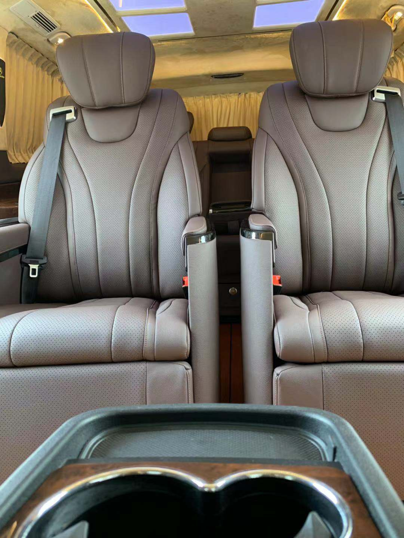 奔驰V260扶手箱黑色米色原厂款