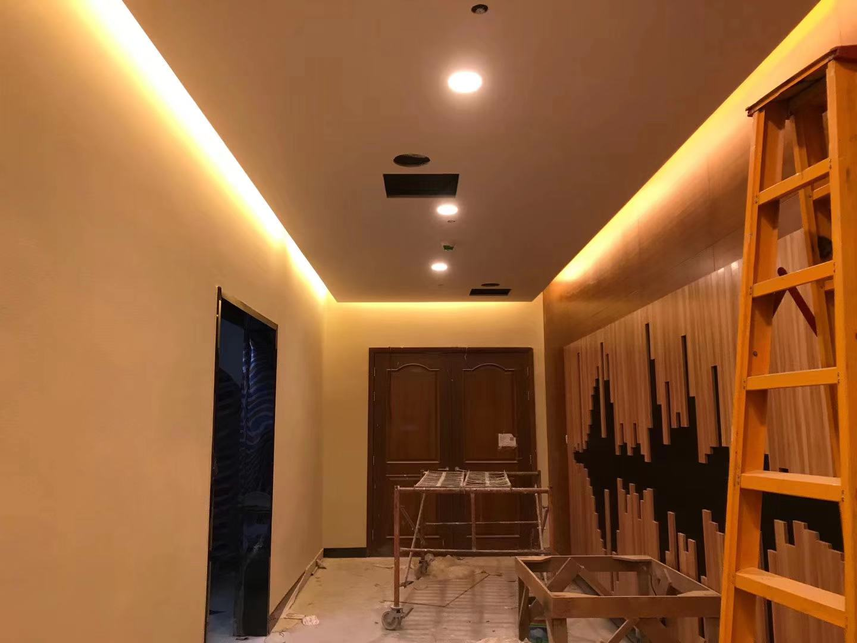 企石彩鋼板隔墻吊頂玻璃隔墻石膏板鋁合金隔墻恒鑫公司83380695