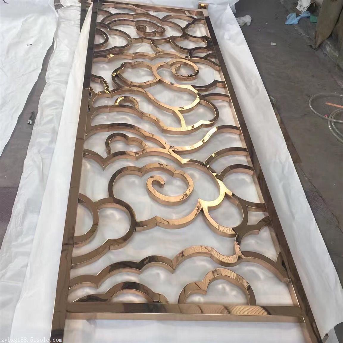 太原华丽铜板雕刻屏风隔断厂
