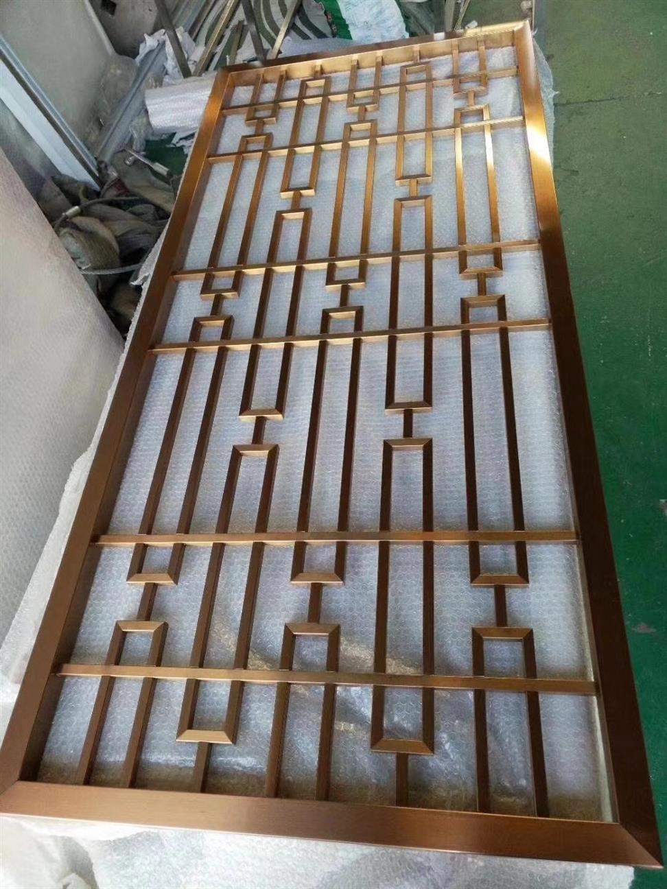 三亚艺术铝板镂空设计屏风厂