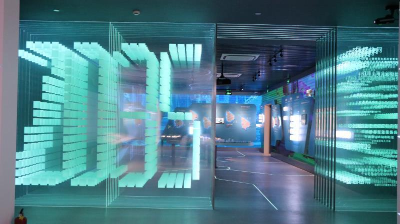 南昌新奇玻璃激光內雕工藝廠家 發光玻璃