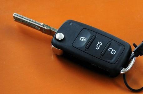 武隆哪里有配汽车??卦砍?配个汽车钥匙多少钱