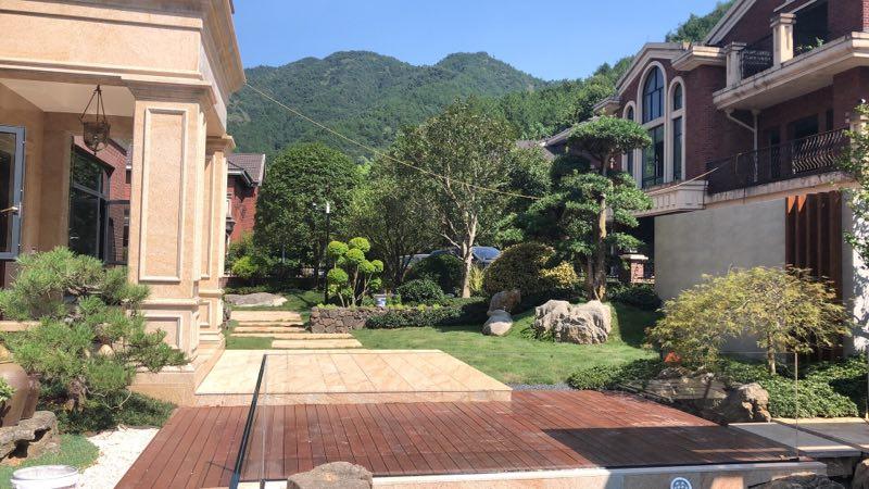鞍山屋顶露台花园设计装修施工 私家花园设计 设计新颖