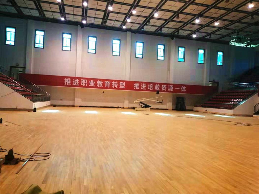 阿坝小学乒乓球木地板