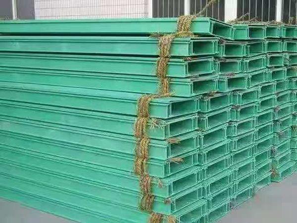 玻璃鋼橋架_防腐玻璃鋼電纜橋架 _槽式玻璃鋼橋架新報價