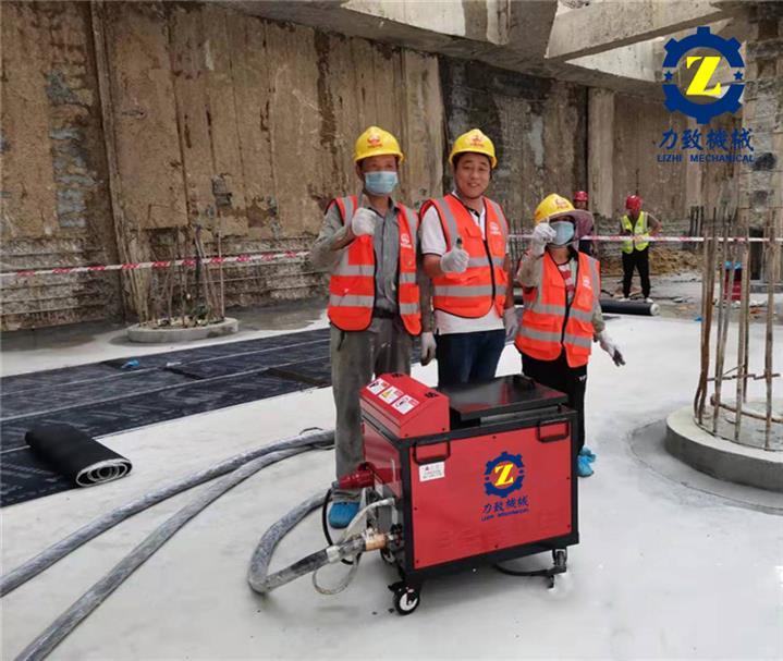 东莞地铁防水设备非固化喷涂机报价