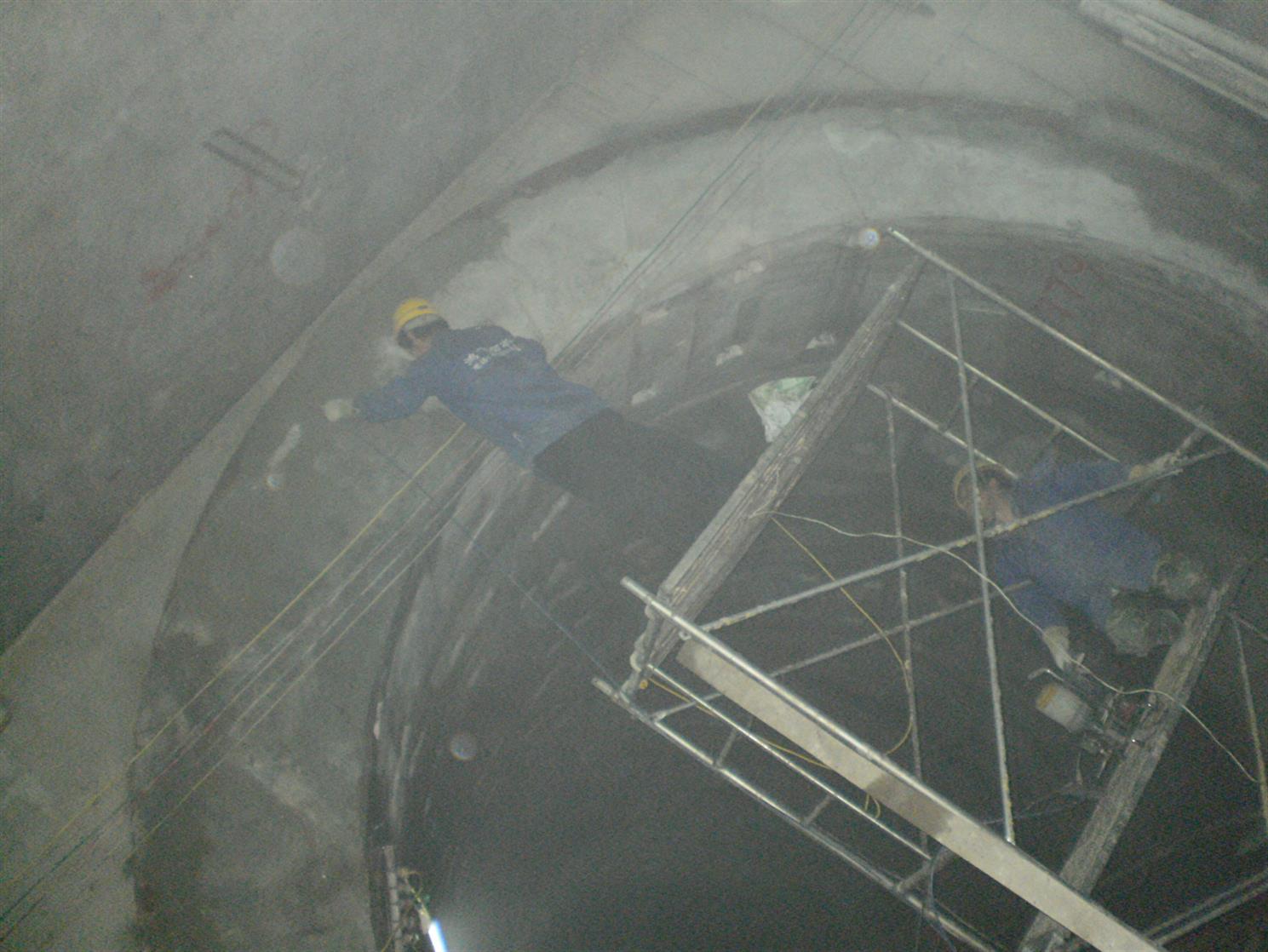 临夏水电站堵漏维修
