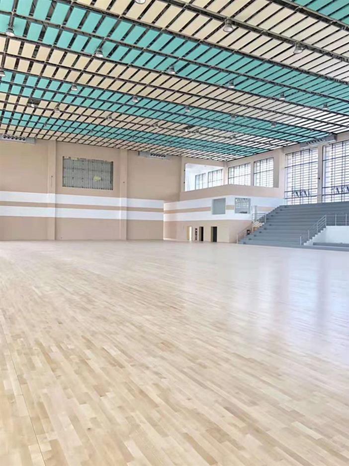 天门体育场木地板
