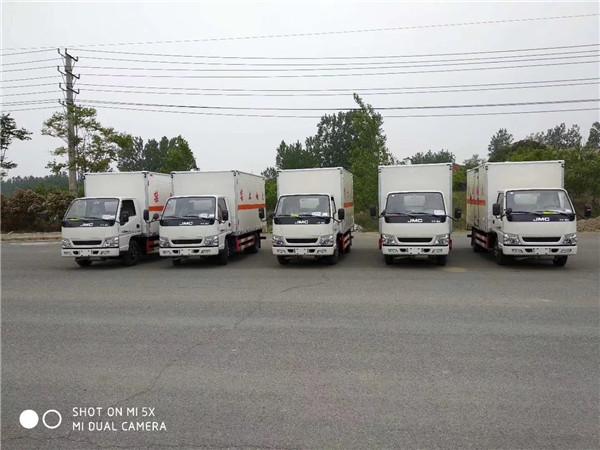 荆州东风危险品运输车