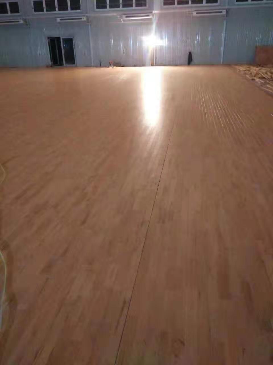 昆明桦木实木运动地板
