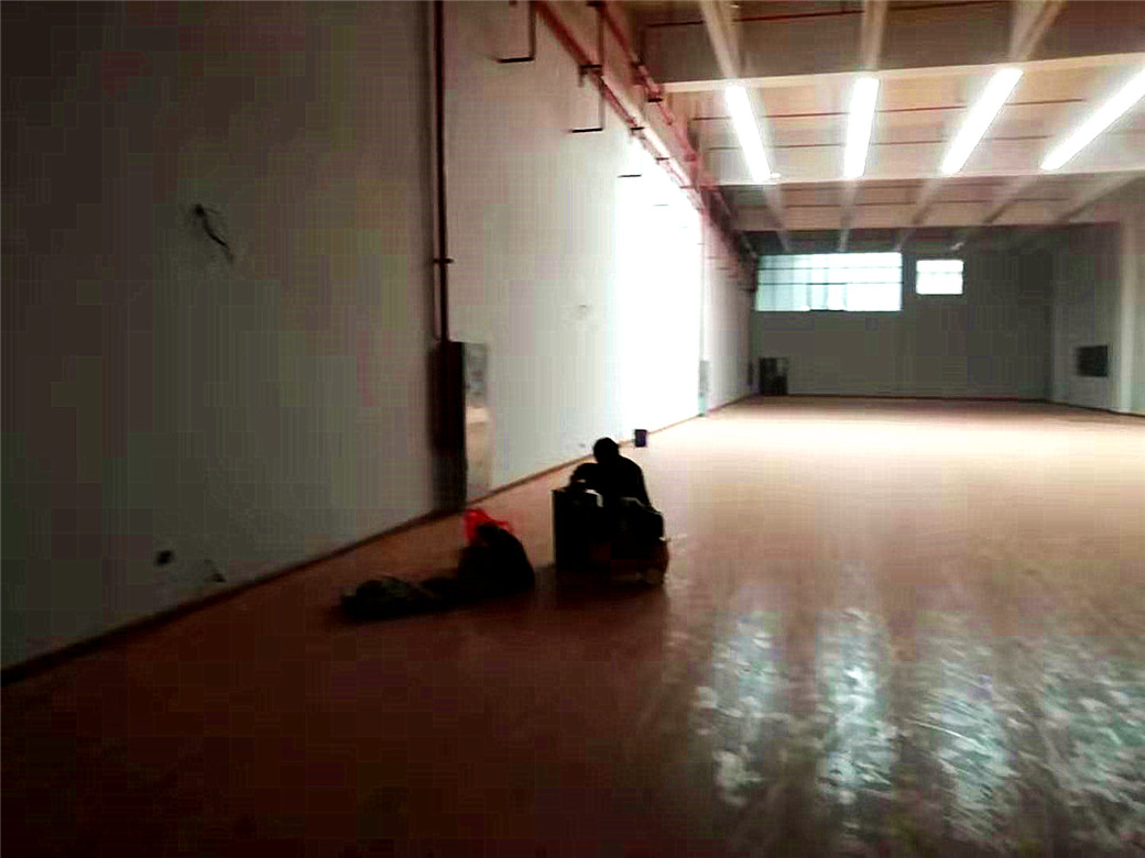 塔城体育木地板