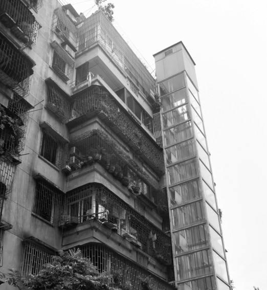信陽舊樓裝舊樓加裝電梯方案