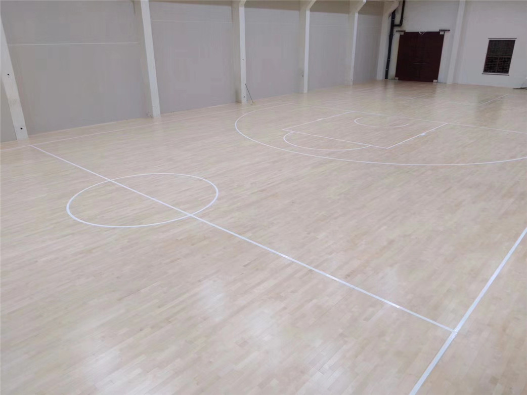 福州枫木篮球馆木地板