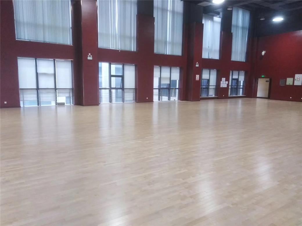 惠州篮球馆木地板报价