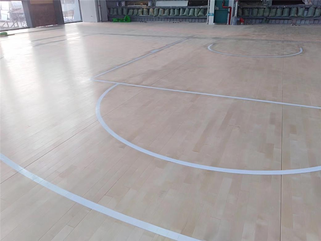 广元实木体育地板安装