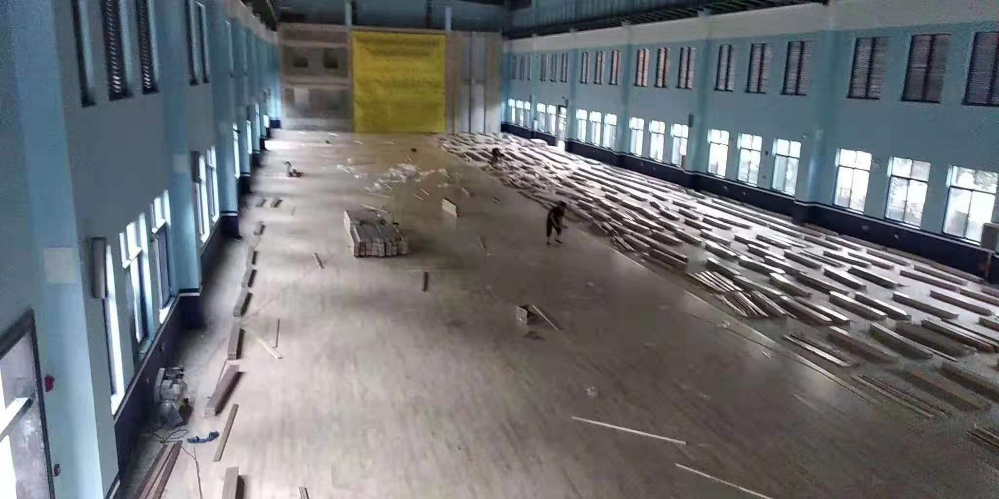 加枫运动木地板安装