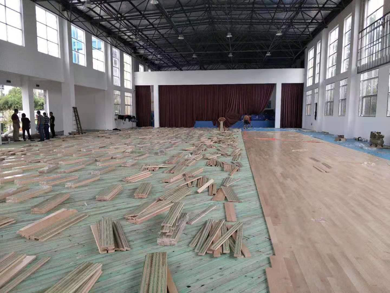 25厚运动木地板安装报价