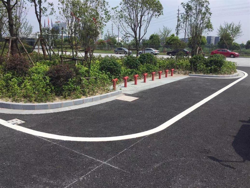 武汉专业承接武汉马路标线价格