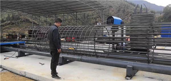江苏肇庆钢筋笼缠绕机加厚管壁