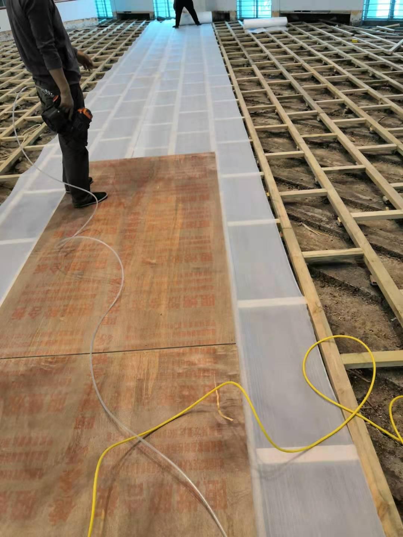 湛江篮球运动木地板安装