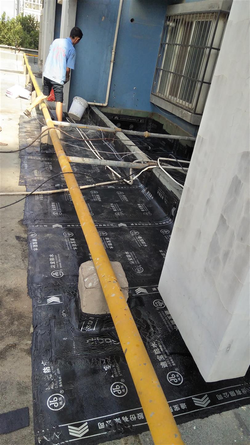 西咸屋面漏水维修公司
