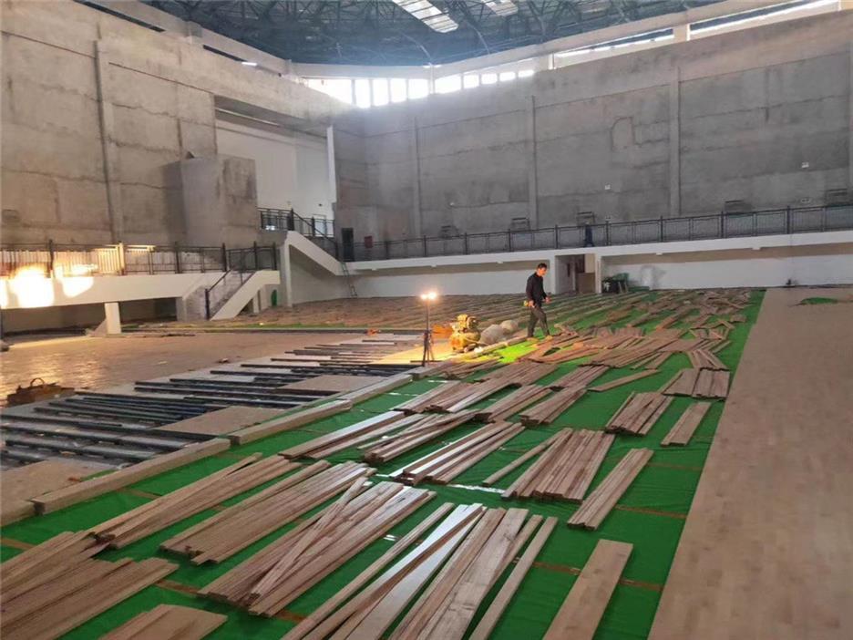 黄山活动中心木地板施工