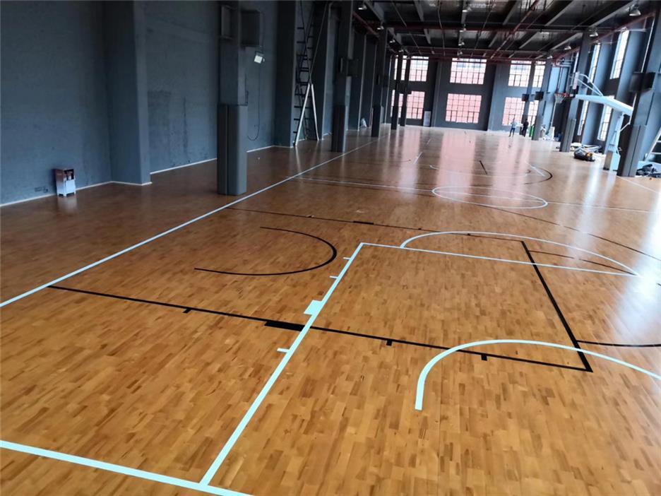 滨州活动中心木地板施工